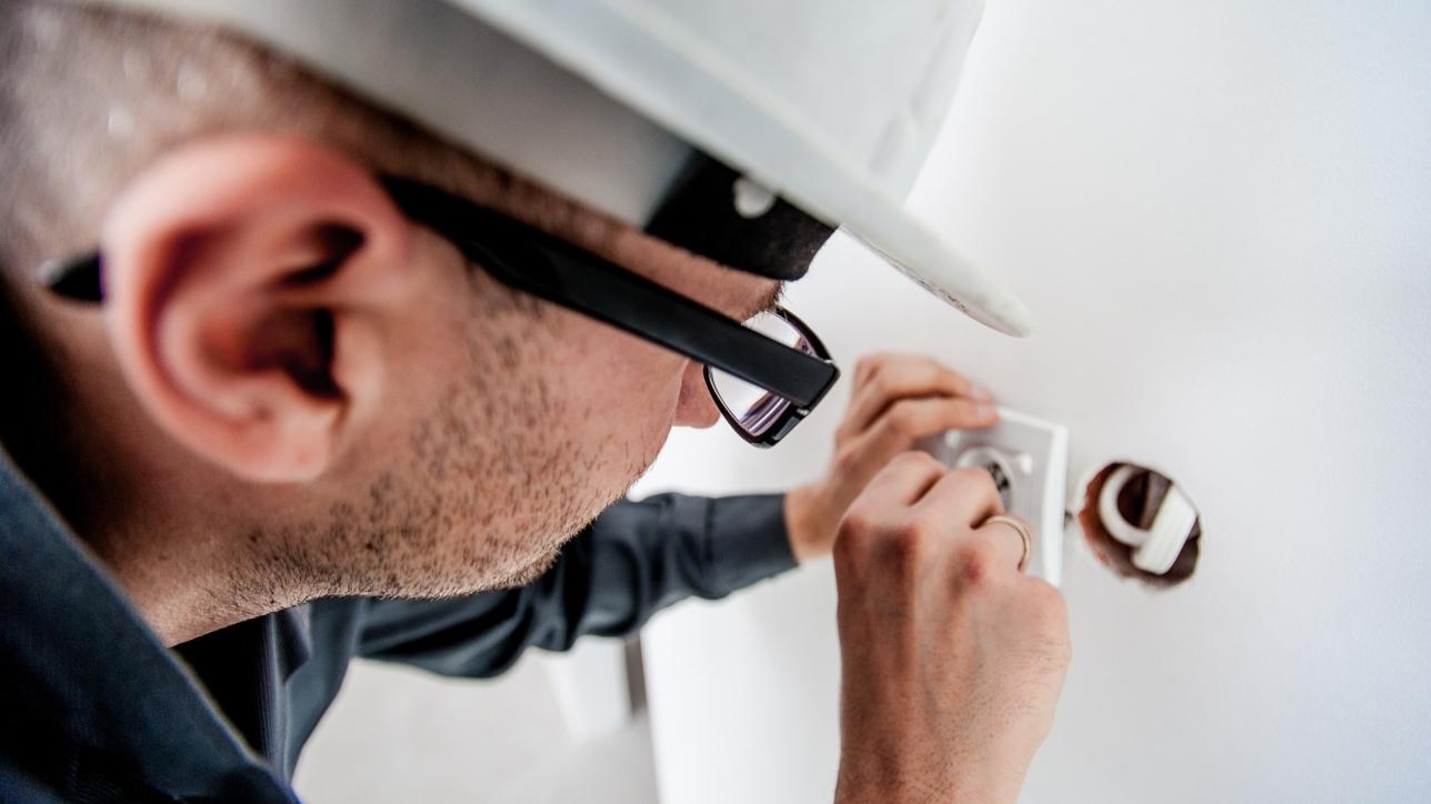 Våra hem och arbetsplatser fylls med allt mer komplexa installationer när  det gäller tele e64c4170d49ae