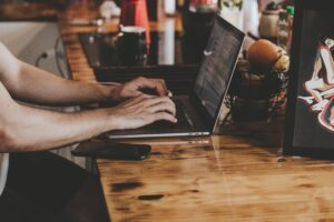 Skräddarsydda IT-lösningar till ditt företag