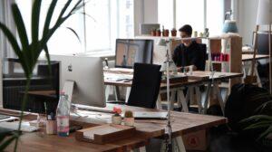 Så kan du förbättra ergonomi på kontoret