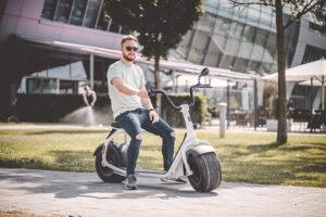 Fatbikes & Fatscooters – Cyklar och elscootrar med häftigt feta däck